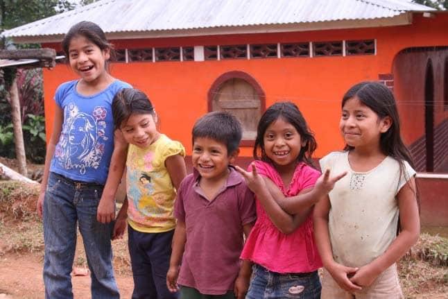 4children-from-pueblo-nuevo
